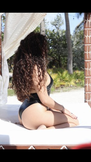 Renette erotic massage in Palm Beach Gardens