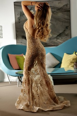 Naima escorts in Poway & erotic massage