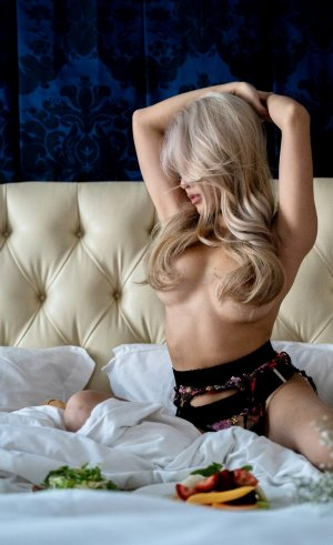 Lorrie nuru massage in Bridgetown Ohio & cheap escorts